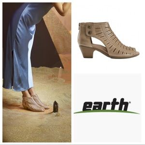 Earth Shoes Carson Vicki Bootie